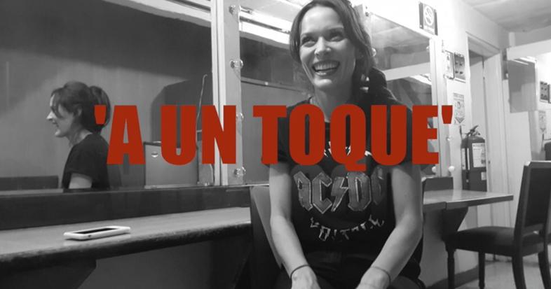 'A UN TOQUE' con Carolina Acevedo